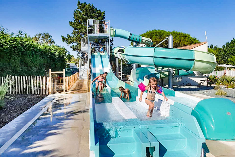 Camping Avec Piscines Royan Camping Piscines Chauffees Vaux Sur Mer